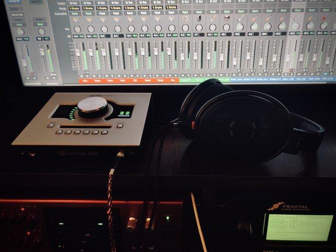 HD6XX Studio 1.jpeg
