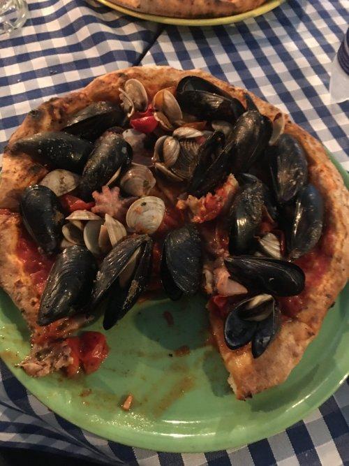 Clam Pizza.jpg