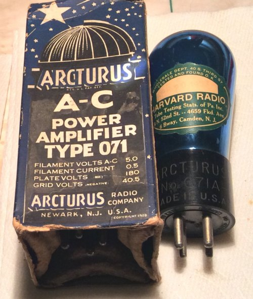 1933 71A & box.jpg