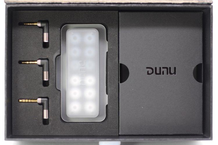 Dunu-EST112-box-inner2.JPG