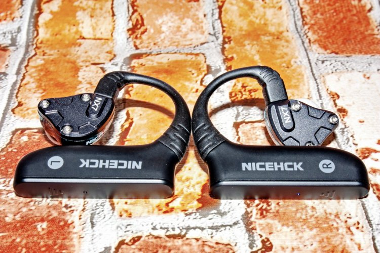 NiceHCK HB2 15_r.jpg