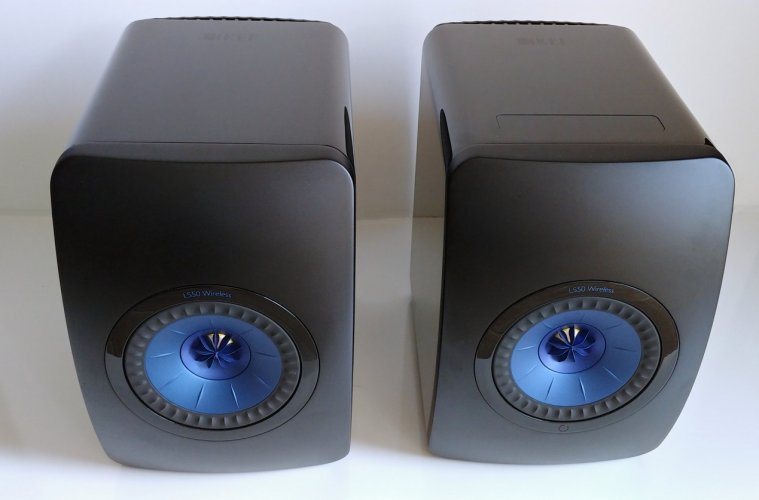 KEF_LS50W_Blue-2.jpg