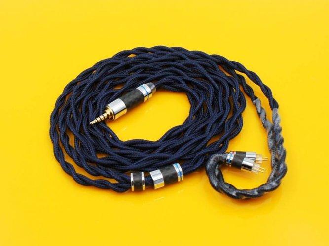 PenonLEGEND cable.jpg
