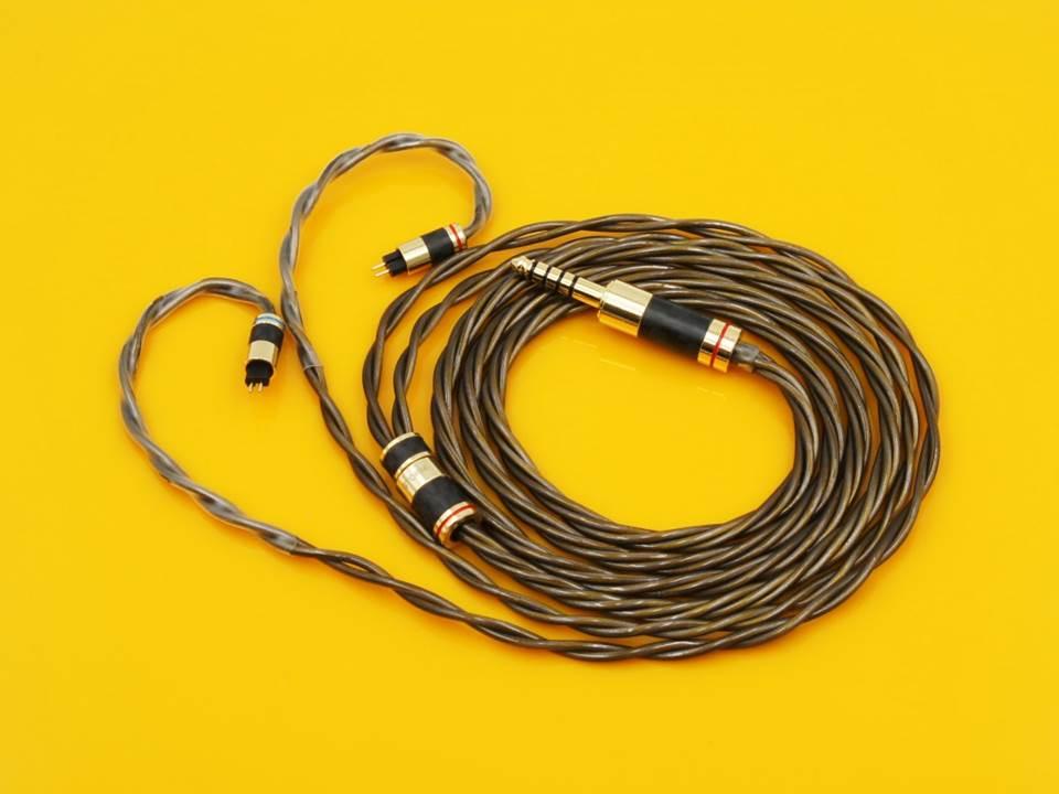 Penon Strom iem cable.jpg