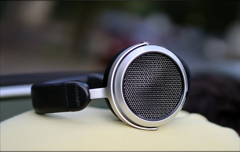 HIFIMAN-HE400i-HE-400-S-HE400S-400S-Planar-Magnetic-Affordable-Headphones-Review-Audiophile-He...jpg