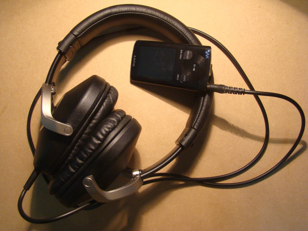 headphones vs speakers essay Speakers made music big, and silicon chips made music small but headphones  might represent the most important inflection point in music.
