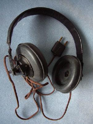 headphones-2.jpg