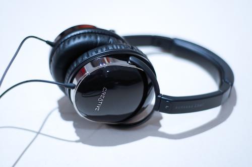 headphones8of10.jpg
