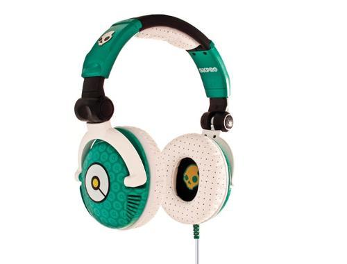 2049684395_skpro-09-emerald-headphones-glamor.jpg