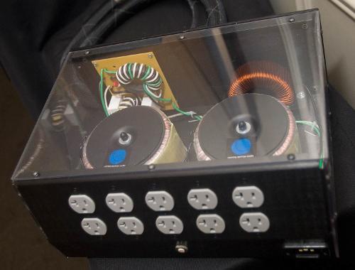 d575ec4b_IMG_2554-running-springs-audio-power-conditioner-rear.jpg