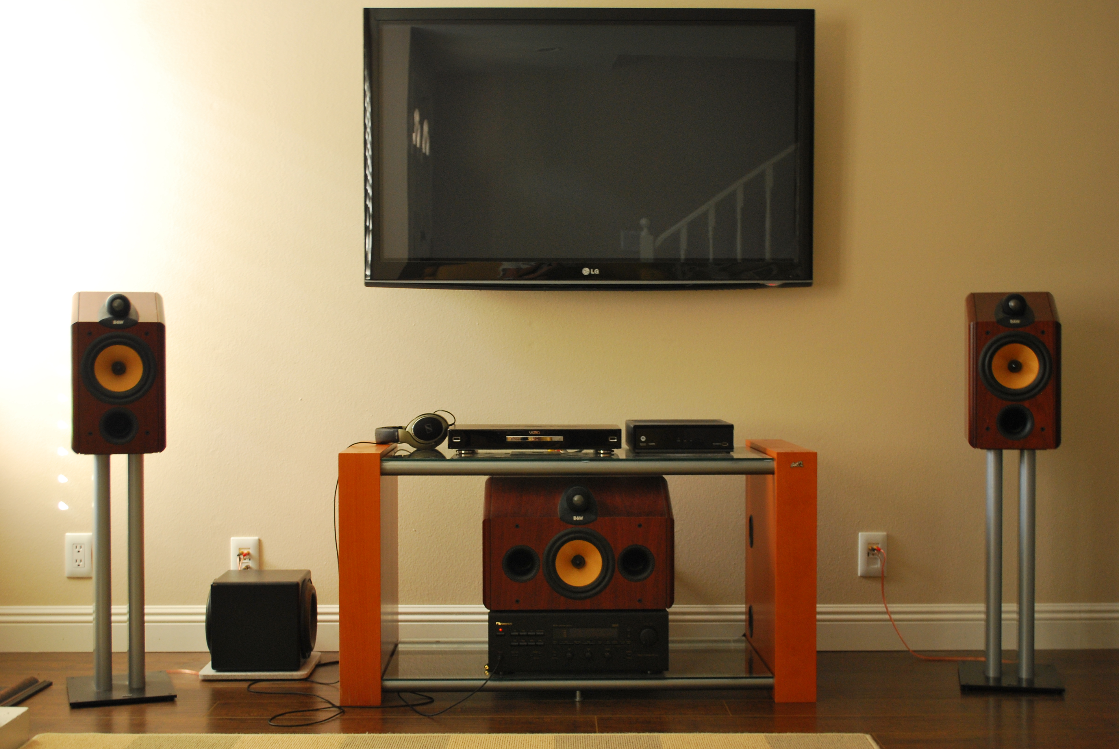speaker setup 003jpg speaker setup 004jpg
