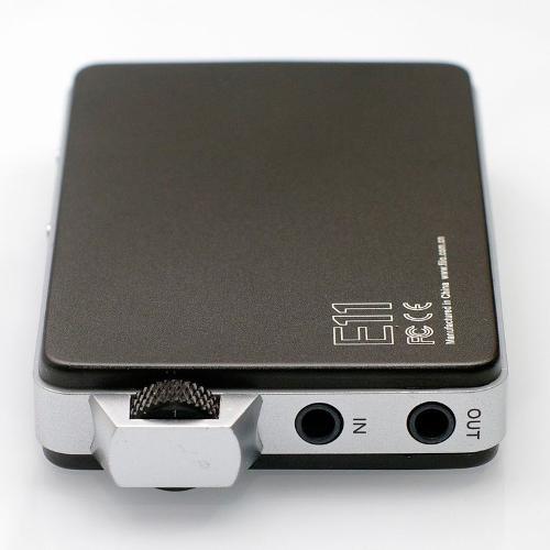 fiio-e11-portable-headphone-amplifier-top.jpg