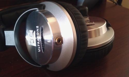 HFI-780RemoveableCableMod.jpg