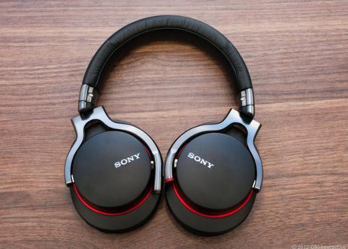 SonyMDR-1r.jpg