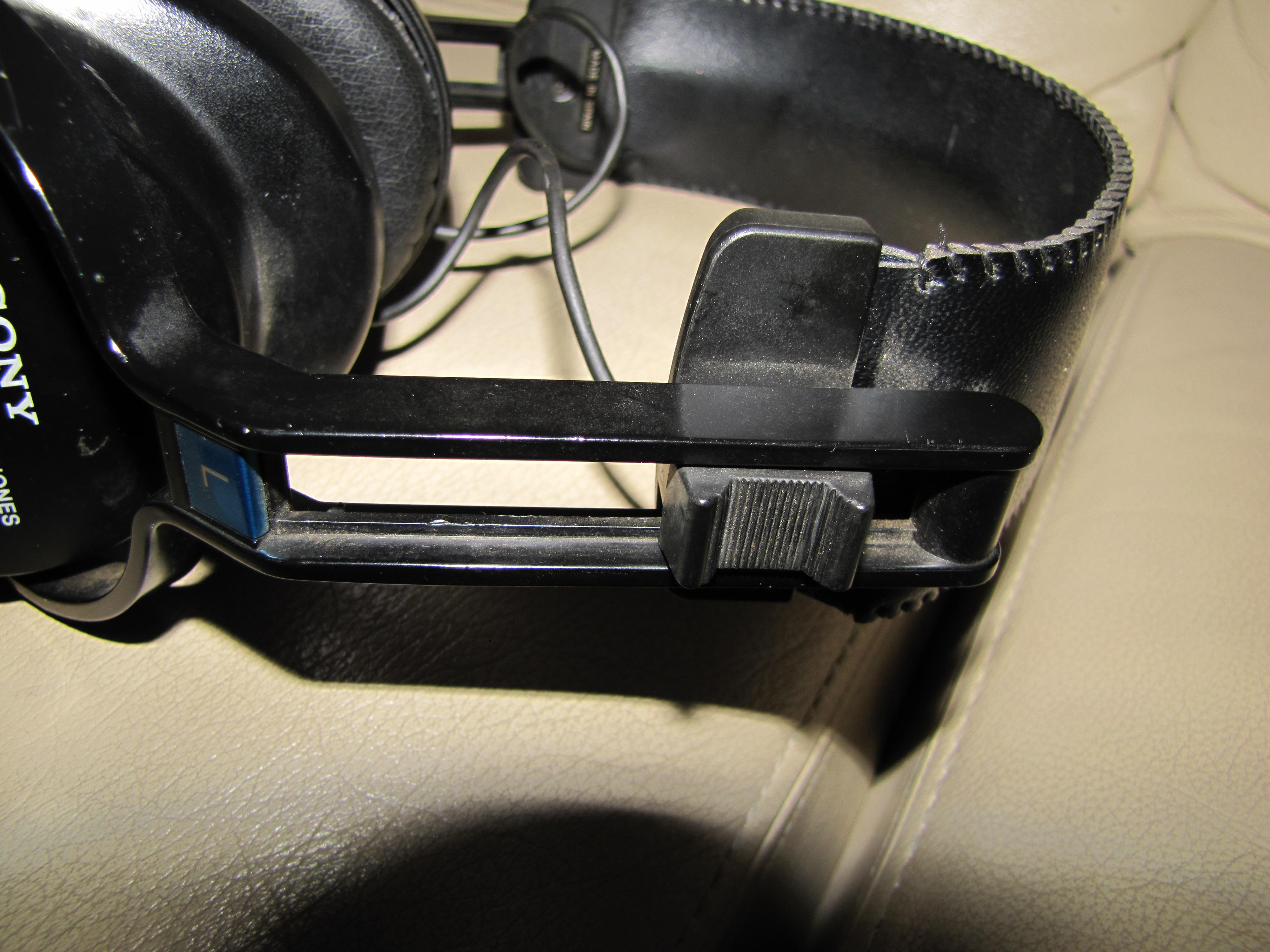 Vintage Headphones  Sony Dr-s5  1980