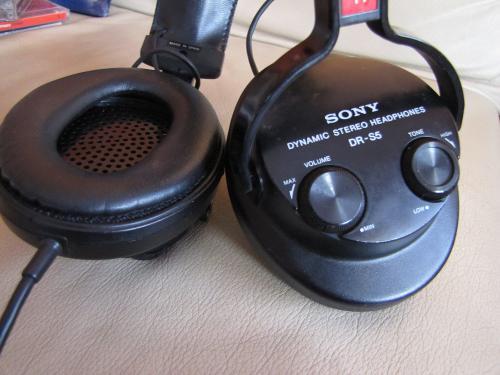 Vintage Headphones  Sony Dr