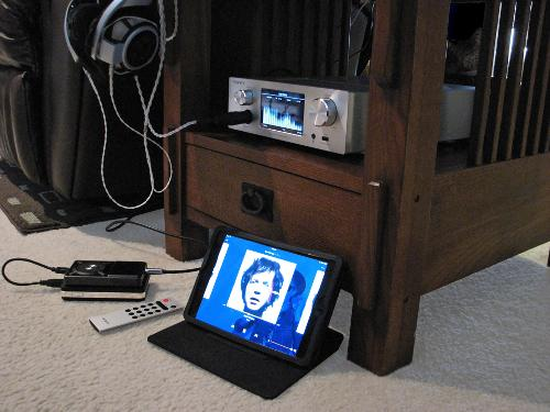 OPPO_HA-1_with_iPad_Mini_Amazon_Music_Player_via_Bluetooth_and_FiiO_X5_Line_Out_and_HD800_x720.jpg
