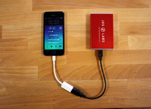 iPhone5S-Lightning-to-USB-DAC-1024x737.jpg