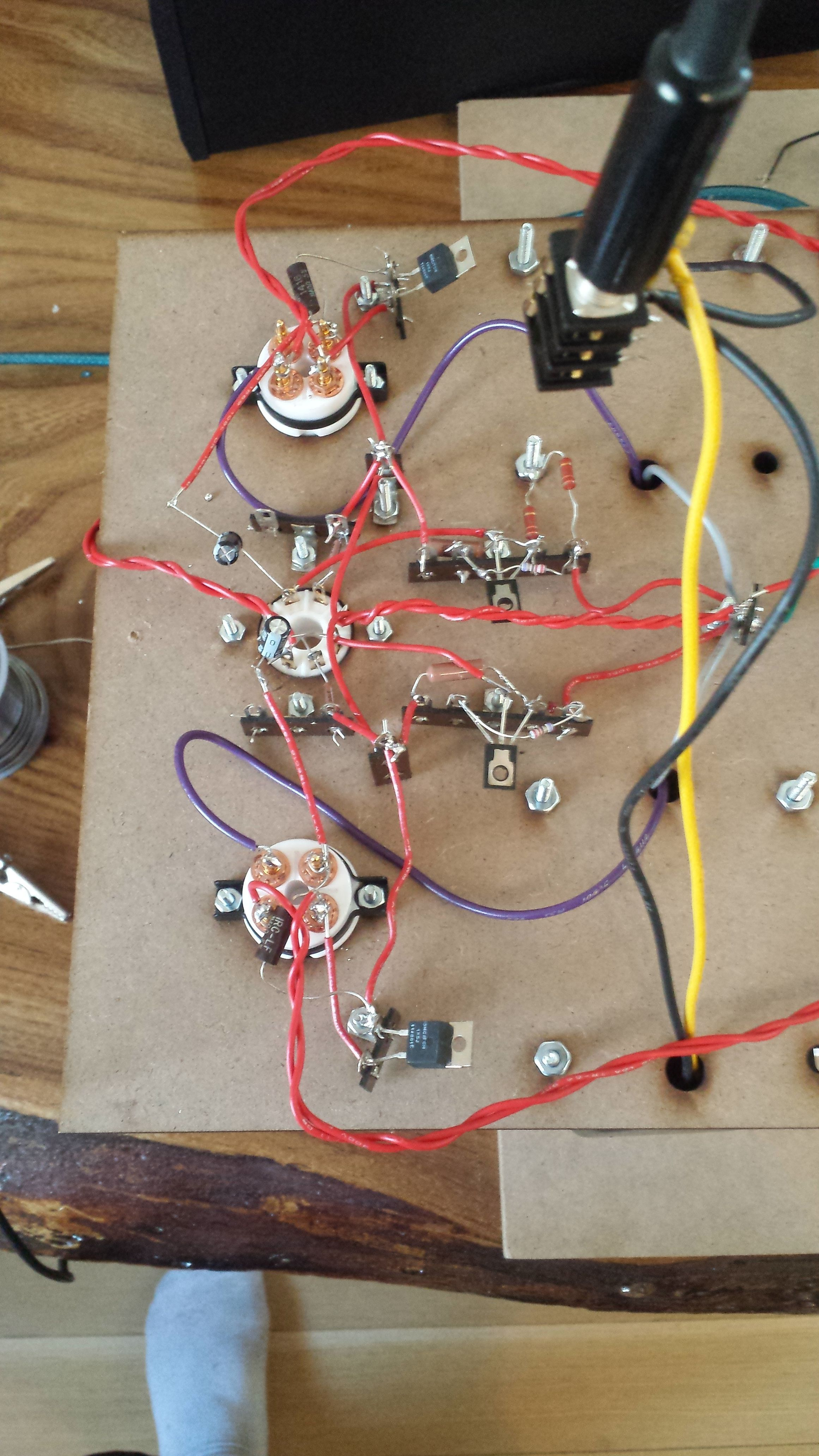 HUM in Tube Amp (I Tried My Best) | Headphone Reviews and