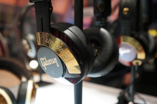 gibson-standard-unplugged.jpg