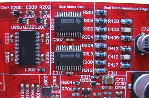 iFiMicroDSD-DualCoreBurrBrown.jpg