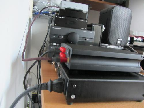 X1SvsD2002.jpg