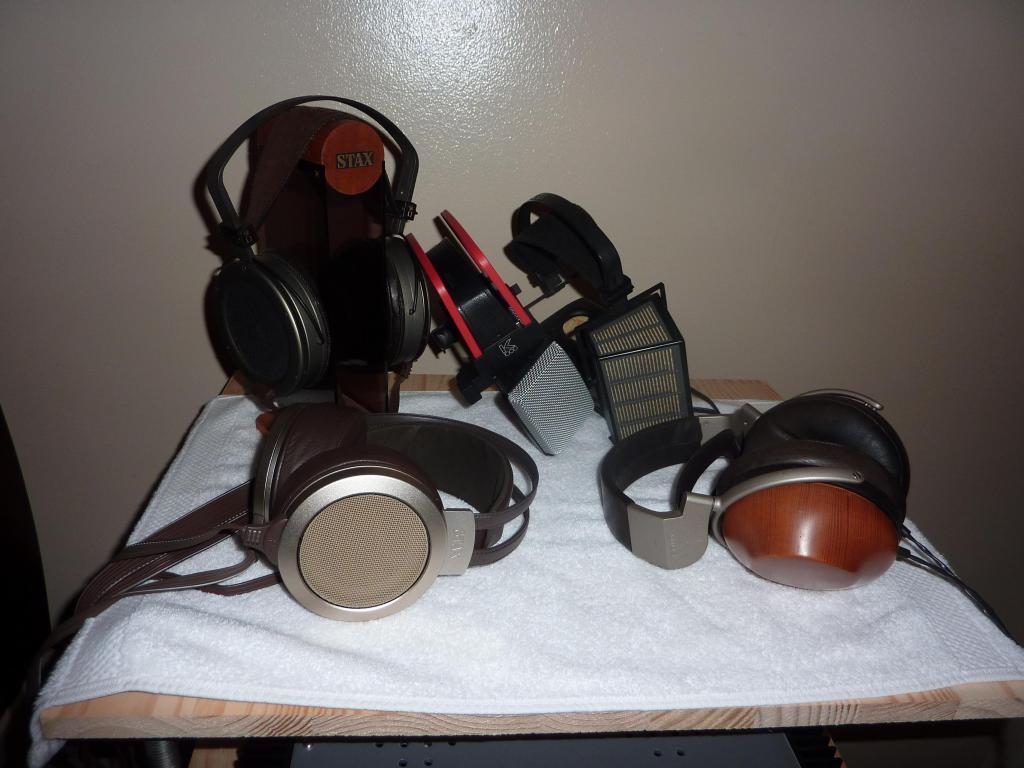 Pictures Of Your High End System Please See The First Pages For Headphone Sennheiser Hd 220s Collection Left To Right And Top Bottom Sony R10 Stax Omega2 Omega He60 Akg K1000 Sigma