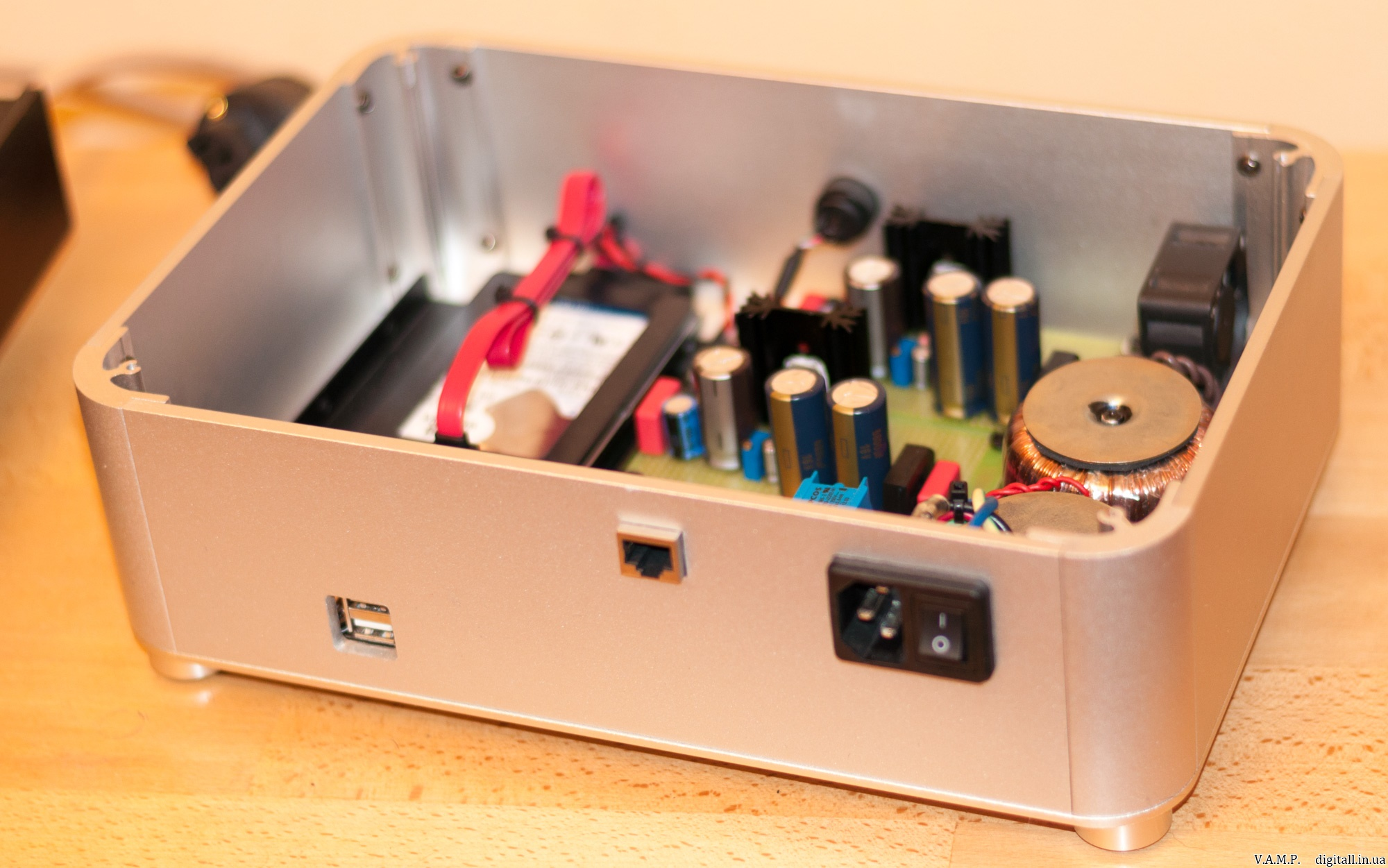 V A M P  - Volumio Audiophile-ARM Music Player   Headphone