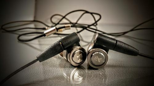 Tingker K200 dual hybrid in-ear monitor