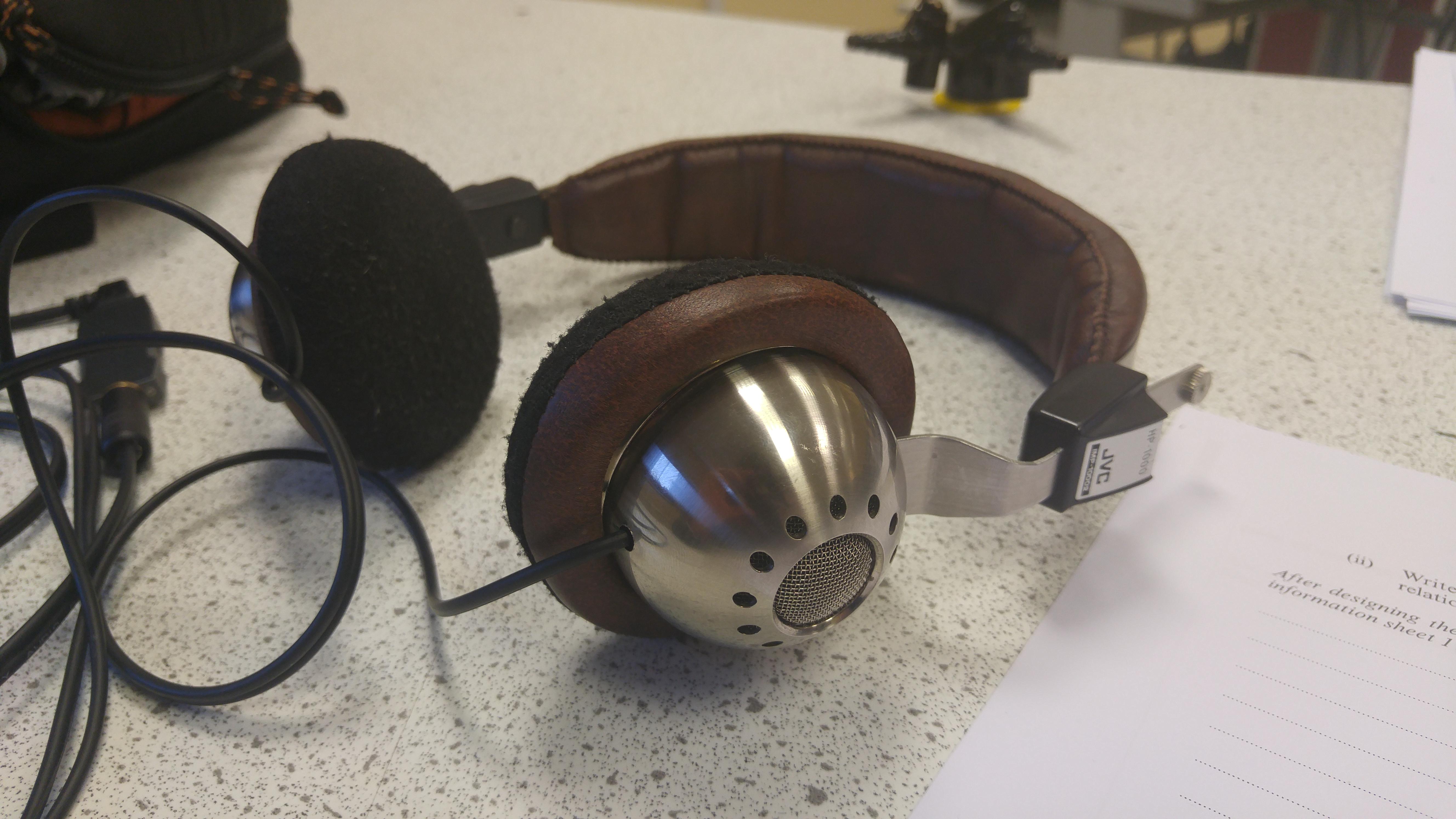 b2b307261de Show us your vintage headphones!   Page 110   Headphone Reviews and ...