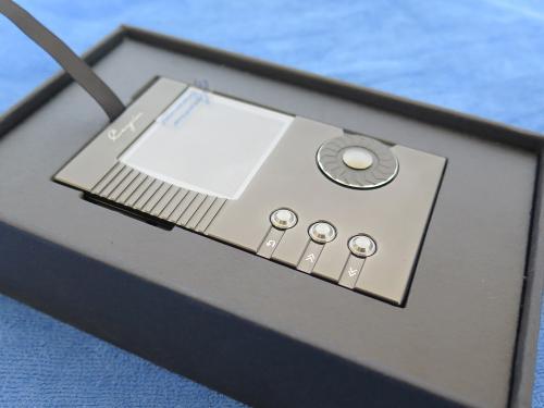 n5insidebox.jpg
