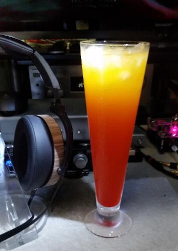 EL8-champangesunrise.jpg