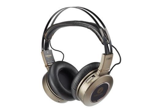 267971-stereoheadphones-pendulumic-stances1.jpg