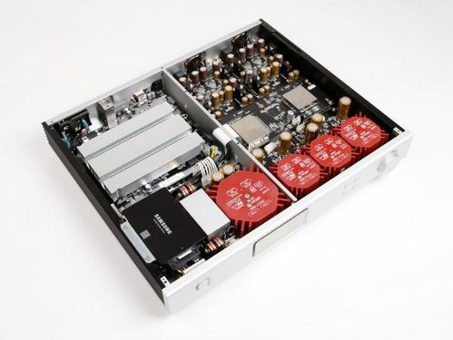 aurender-a10-dac-music-server-inside-top.jpg