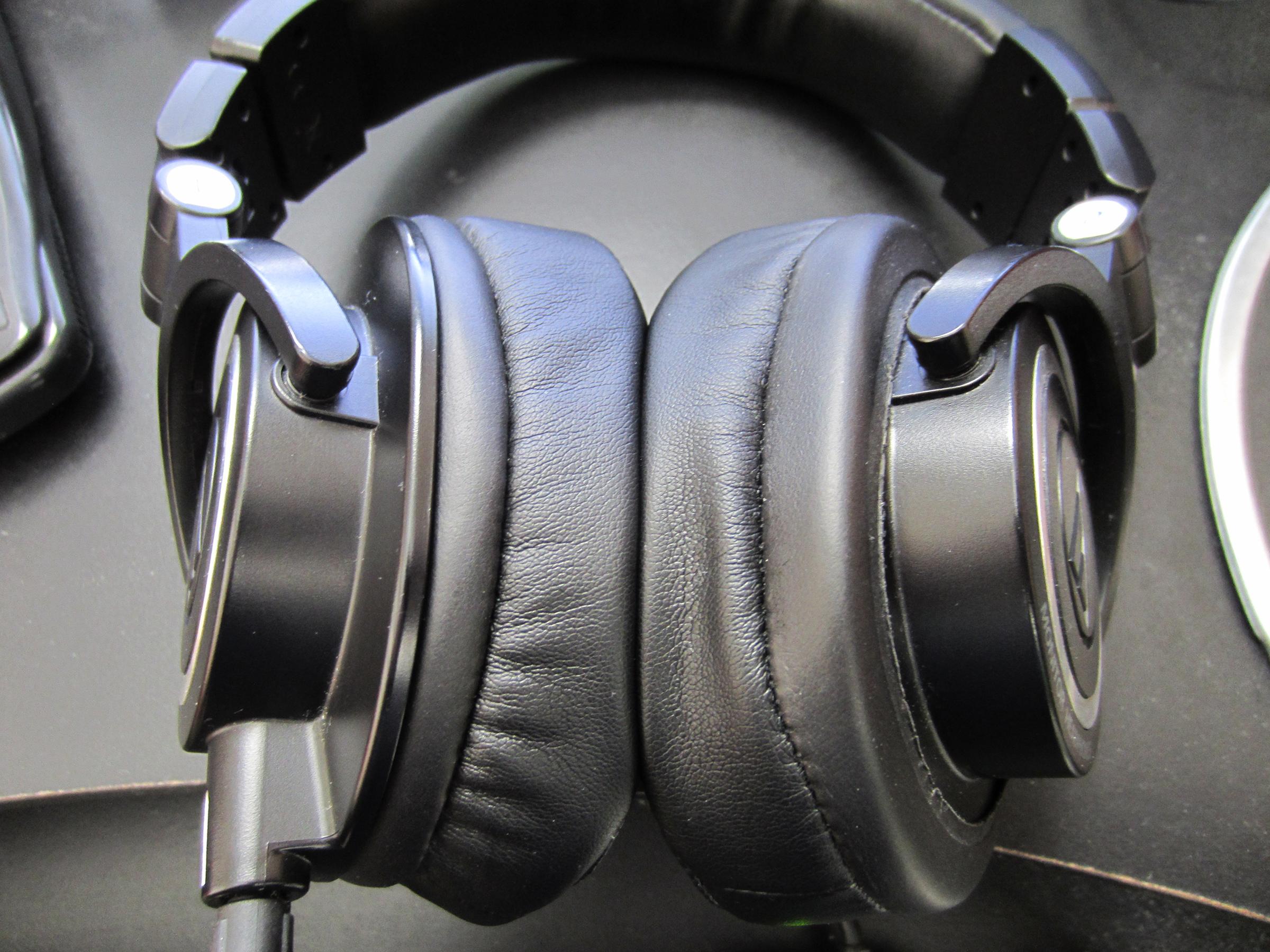 Brainwavz HM5 Pads (Different Colours / Velour / Leather