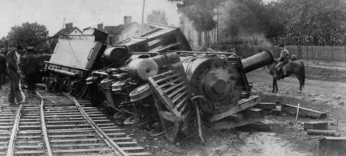 train-wreck-650x294-e1439575557145.jpg