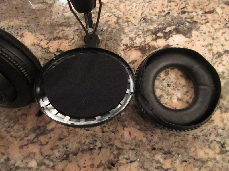 how to change earpads on superlux hd668b