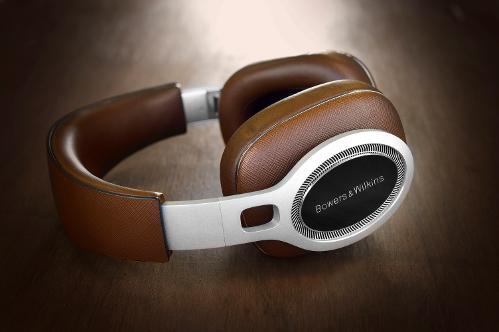 BowersWilkinsP9-Hifiheadphones-2.jpg