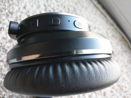 Headphone2.jpg