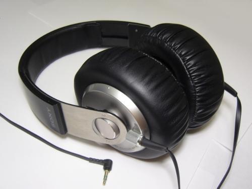 SonyMDR-XB700.jpg