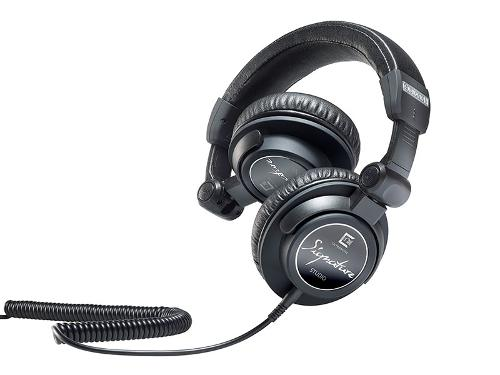 Ultrasone-Signature-Studio-Headphones-fold.jpg