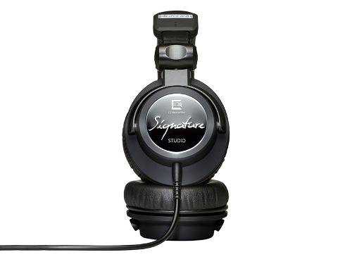 Ultrasone-Signature-Studio-Headphones-side.jpg
