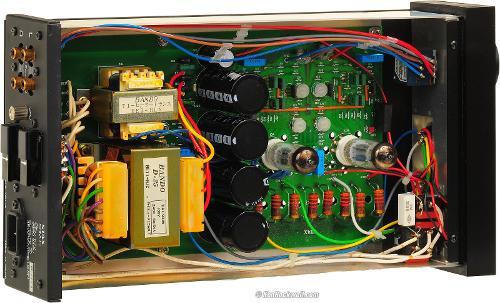 D3S_5330-inside-1600.jpg