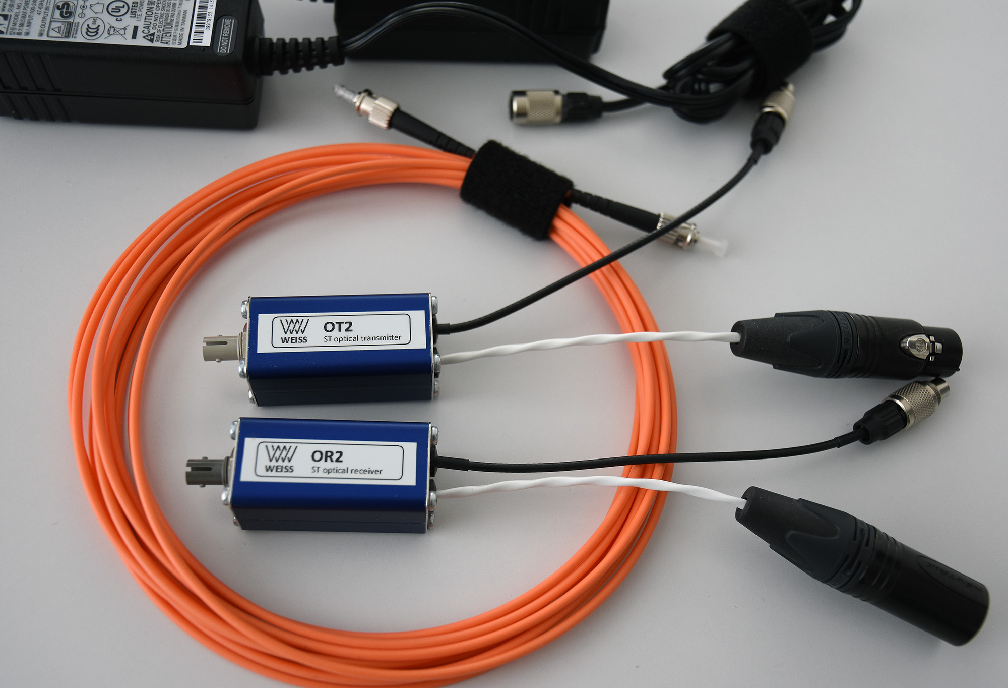Weiss Chiron Glass1 AES/EBU optical interconnect for digital signals ...