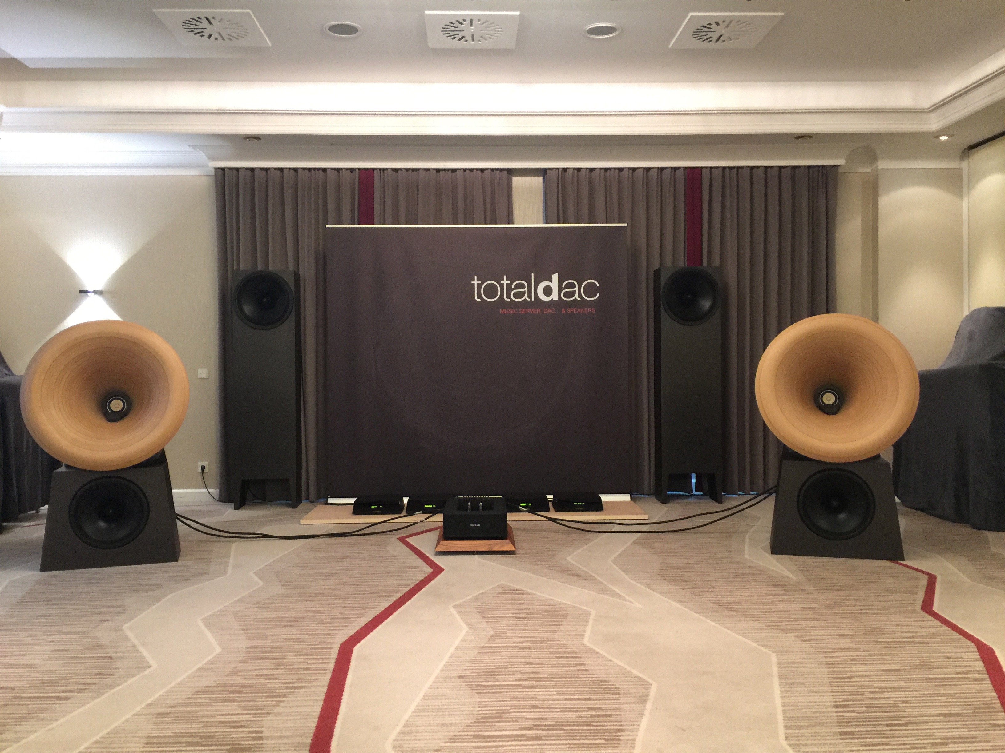 TotalDAC D150 speakers.jpg