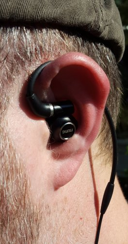In-Ear 01.jpg