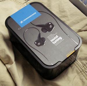 Kiiji Sennheiser IE 8 earphones.jpg
