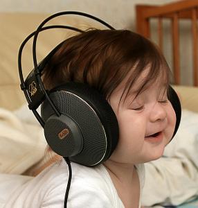 headphone-baby.jpg