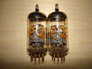 31 - Amperex 6922 NOS PQ.JPG