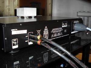 Leema Acoustics Stream 2 CD player >>>Kimber kable Hero with WBT plugs & Supra LoRad 1.5 power cable